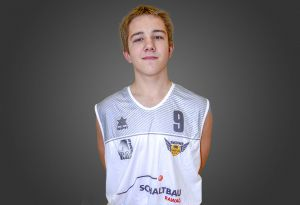 09 Kamil Machowiak