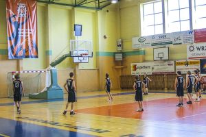 12-05-27-Turniej-koszykarki-WRZESNIA