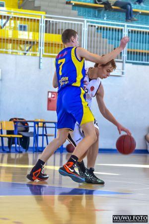 15-11-10-Mecz-RAWIA-OSTROW-Junior